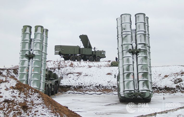 """Дивизион С-400 """"Триумф"""" заступил на боевое дежурство в Крыму"""