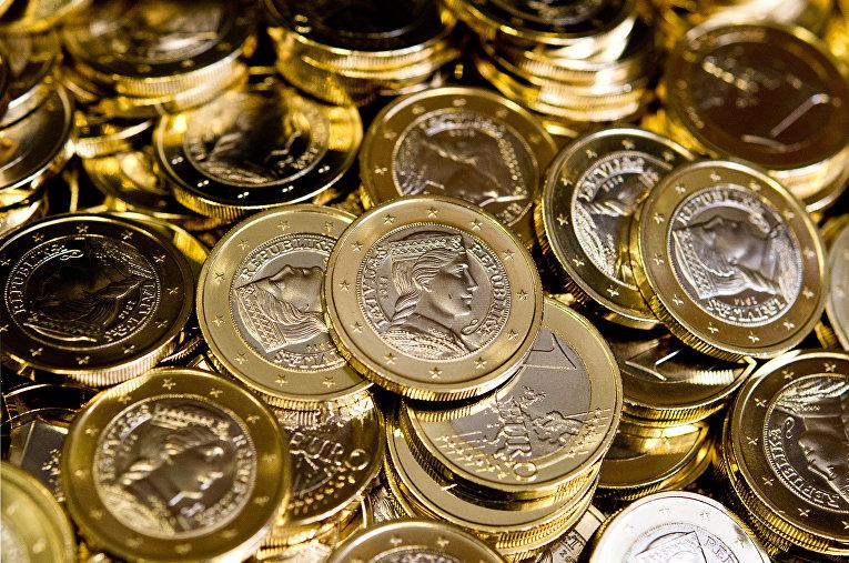 Монеты евро, сделанные для Латвии на монетном дворе в Штутгарте