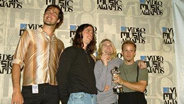Nirvana получила награду MTV за лучший альтернативный клип на песню In Bloom