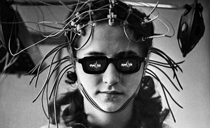 Лечение болезней мозга с помощью вживленных электродов по методу академика АМН СССР, нейрофизиолога Натальи Бехтеревой. Расшифровка биотоков.