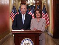 Спикер палаты представителей США Нэнси Пелоси и лидер сенатского меньшинства Чак Шумер