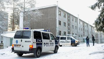 Полиция на месте стрельбы в городе Ювяскюля, Финляндия
