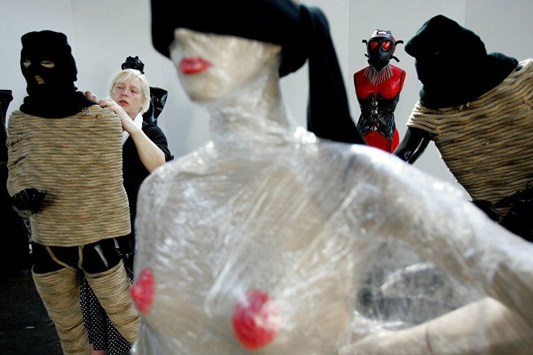 Выставка на порнофестивале в Амерсфуте