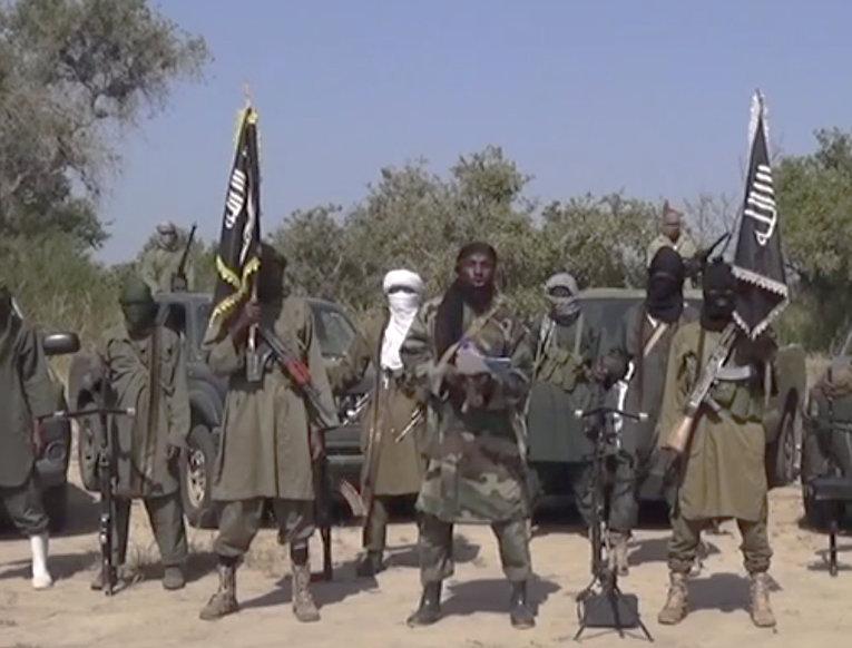 Лидер группировки «Боко Харам» отказывается освободить взятых в плен девочек, 31 октября 2014 года