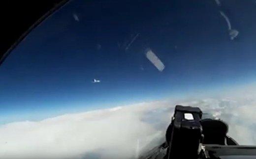 Су-27 перехватил самолет-разведчик над Балтикой