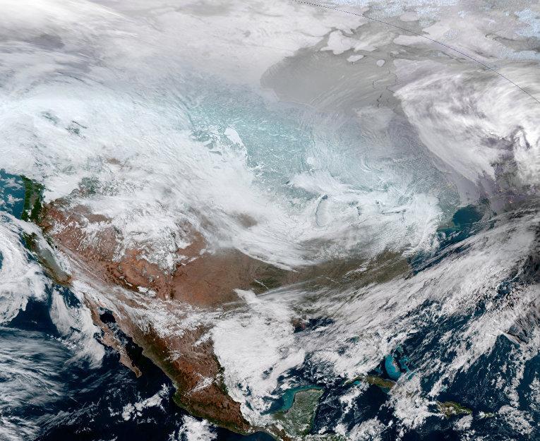 Спутниковая фотография континентальной части США