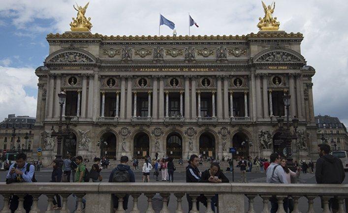 Здание Парижской оперы