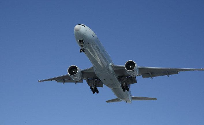 Самолет Boeing 777-300ER