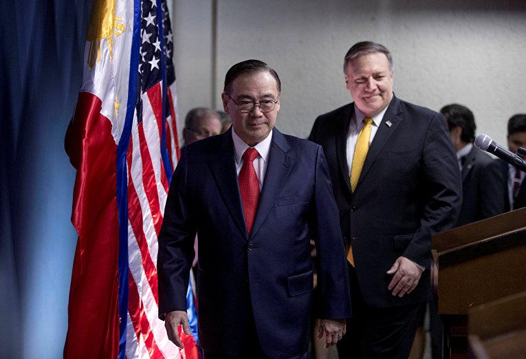 Государственный секретарь США Майк Помпео и министр иностранных дел Филиппин Теодоро Локсин
