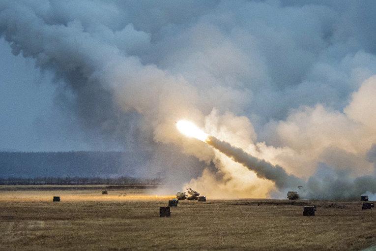 Американский мобильный ракетный комплекс M142 HIMARS