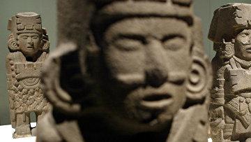 Скульптура Ацтеков в музее города Бильбао