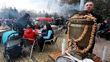 Празднование Масленицы на Украине