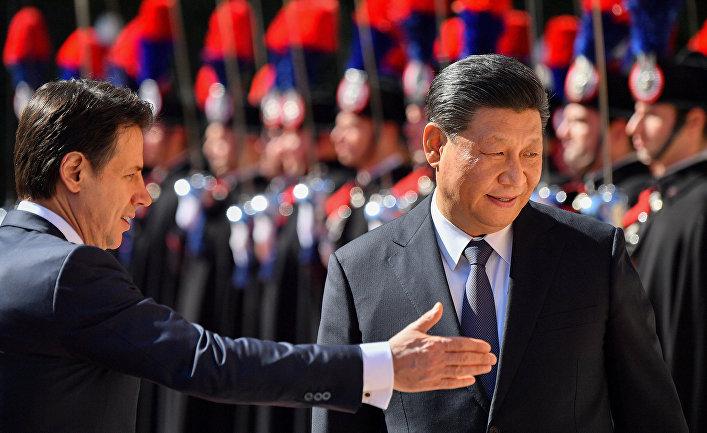 Премьер-министр Италии Джузеппе Конте и председатель КНР Си Цзиньпин
