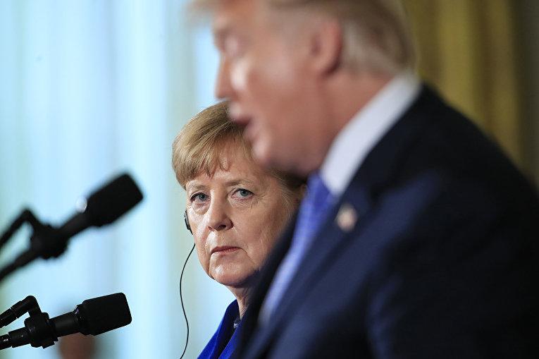 Канцлер Германии Ангела Меркель и президент США Дональд Трамп во время пресс-конференции в Вашингтоне