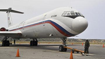 Российский самолет Ил-62М ВВС России