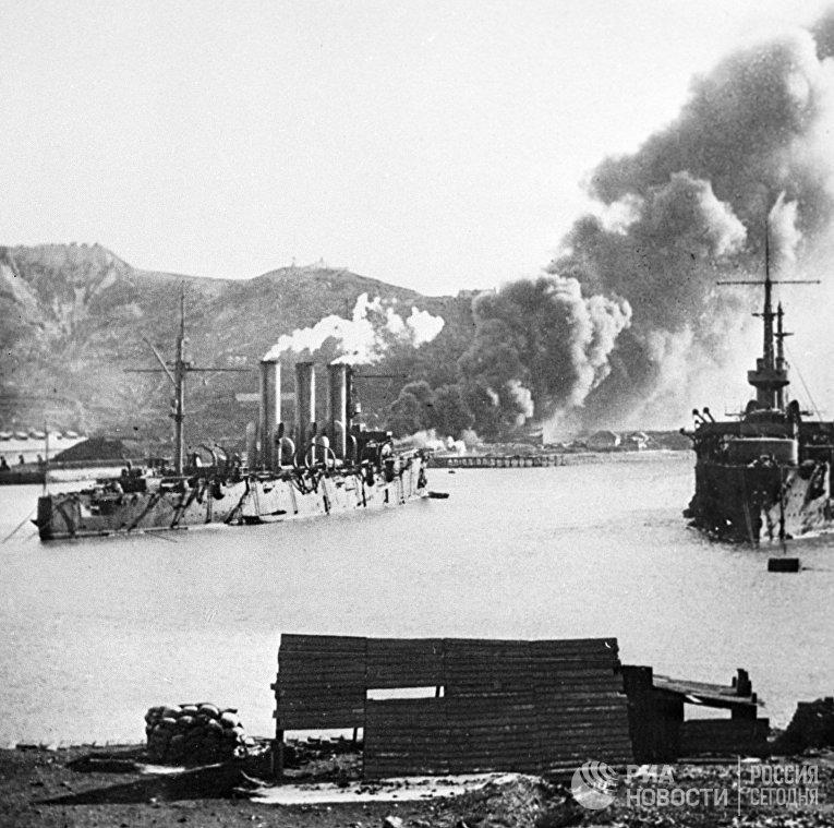 Пожар у Золотой горы во время обороны Порт-Артура. Русско - японская война 1904 - 1905