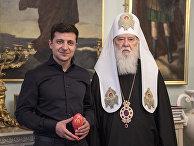 Избранный президент Украины Владимир Зеленский и патриарх Филарет в Киеве