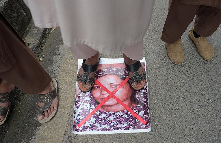 Акция протеста против Асии Биби в Пакистане