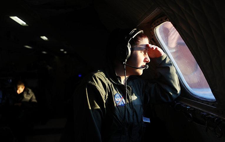 Военный НАТО на авиабазе Туле в Гренландии