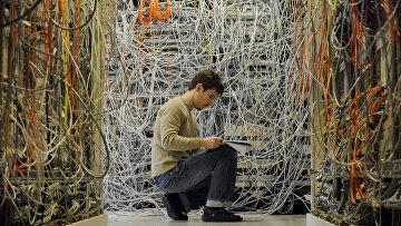 Инженер в телекоммуникационном центре Ericsson в Будапеште