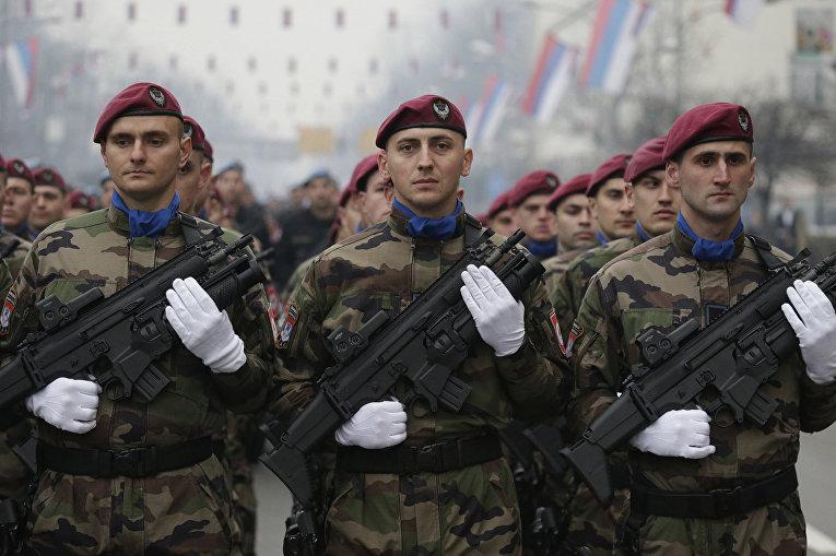 Парад посвященный 26-й годовщине Республики Сербской в Баня-Лука