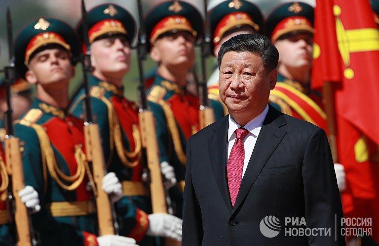 Прилет председателя КНР Си Цзиньпина в Москву