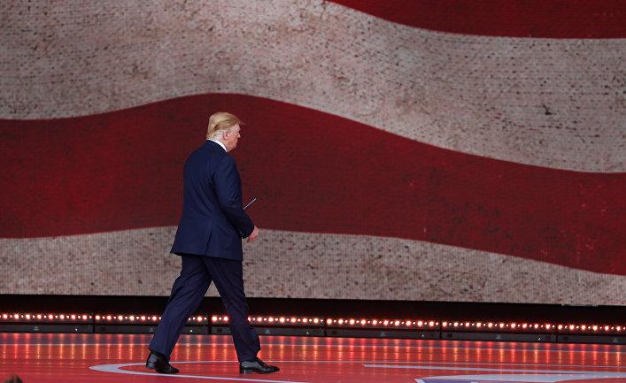 Президент США Дональд Трамп на мероприятиях в Портсмуте, посвященных высадке в Нормандии 75 лет назад
