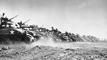Американские танки на полигоне в Англии 9 мая 1944 года