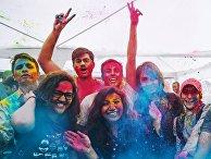Фестиваль красок Холи Мела