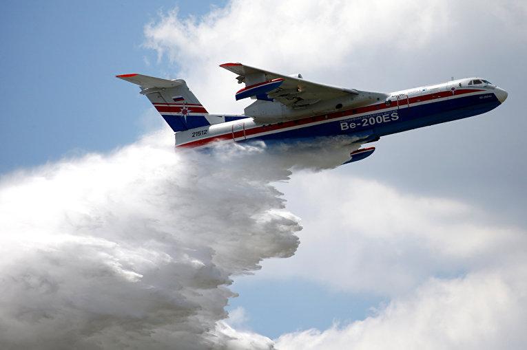 Пожарный самолет Бе-200ЕС