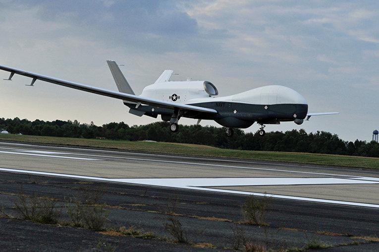 Беспилотный летательный аппарат MQ-4C Triton