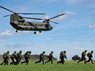 Тренировка Королевских морских пехотинцев в Англии