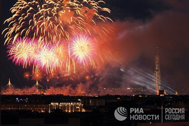 Праздник выпускников «Алые паруса» в Санкт-Петербурге