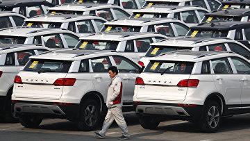 Автомобили, произведенные на заводе Great Wall Motors в Баодине, Китай