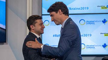Премьер-министр Канады Джастин Трюдо и президент Украины Владимир Зеленский в Торонто