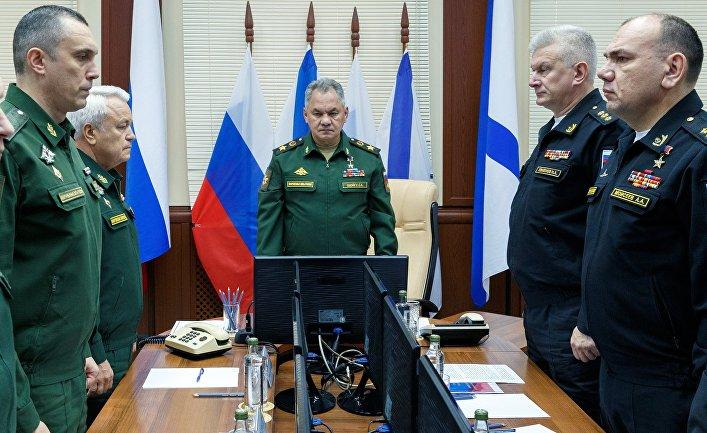 Министр обороны РФ С. Шойгу прибыл  в Североморск