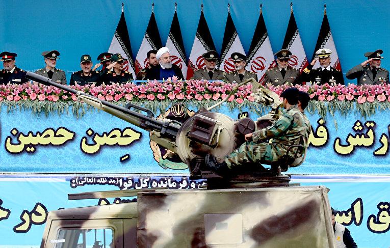 Военный парад в Тегеране, Иран