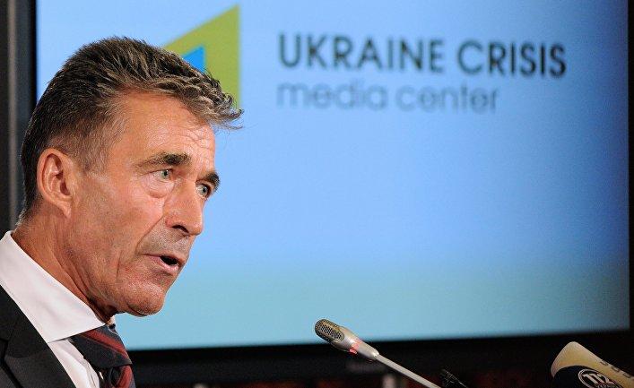 Брифинг генерального секретаря НАТО Андерса Фог Расмуссена в Киеве