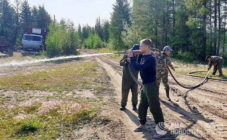 Ликвидация лесных пожаров в Якутии