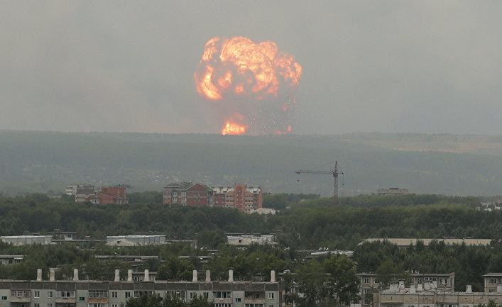 Пожар на складе хранения артиллерийских боеприпасов на территории воинской части в Ачинском районе Красноярского края