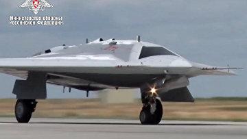 Первый полет новейшего беспилотника «Охотник»
