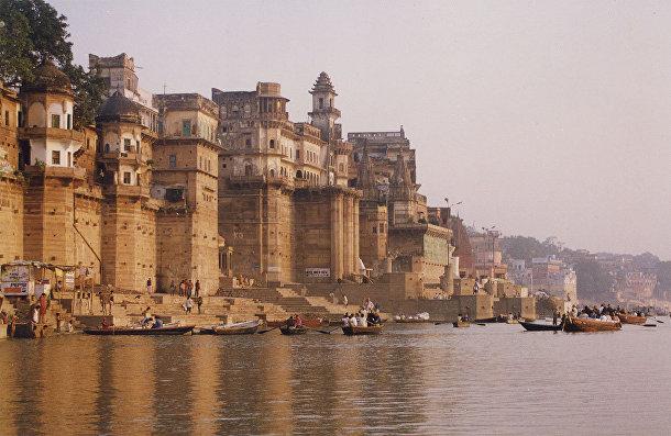 Ганг, одна из самых полноводных и длинных рек Южной Азии