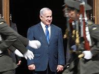 Премьер-министр Израиля Биньямин Нетаньяху во время церемонии приветствия в Киеве