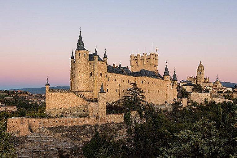 Алькасар, Испания