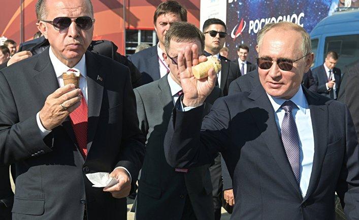 Президент РФ В. Путин и президент Турции Р. Т. Эрдоган посетили авиасалон МАКС 2019