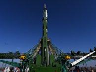 Вывоз РН «Союз-2.1а» на стартовую площадку