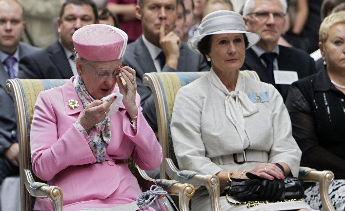 "Королева Дании Маргрете II посетила завод ""Грундфос Истра"" 7 сентября 2011 года"