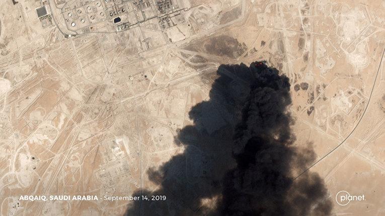 Последствия атаки беспилотника по нефтяному объекту Aramco в Абкаике, Саудовская Аравия