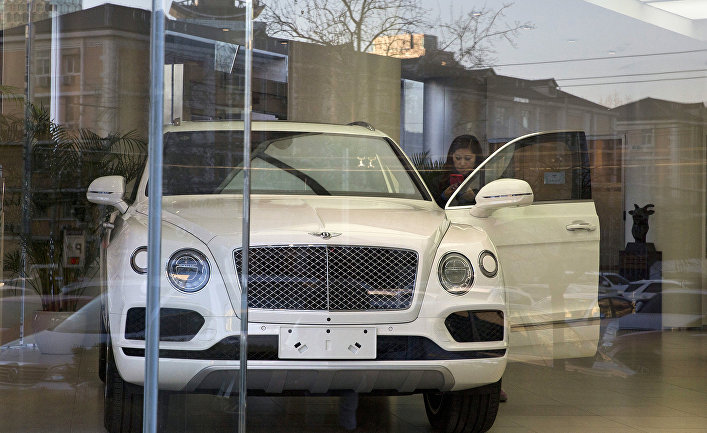 Автомобиль Bentley Motors