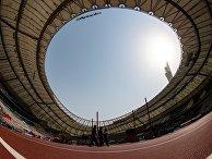 Международный стадион в Дохе, Катар, перед открытием ЧМ по легкой атлетике